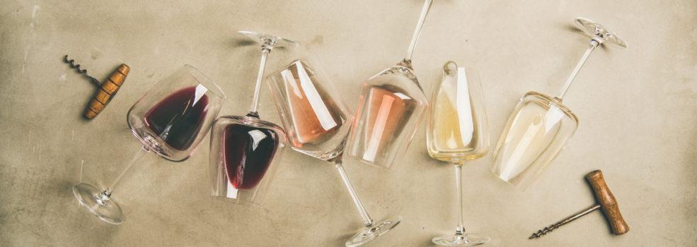 verres de vin couches vu d en haut